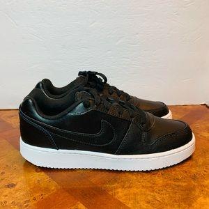 WMNS Nike Ebernon Low